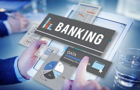 How Fintech Disrupts Retail And Commercial Banks