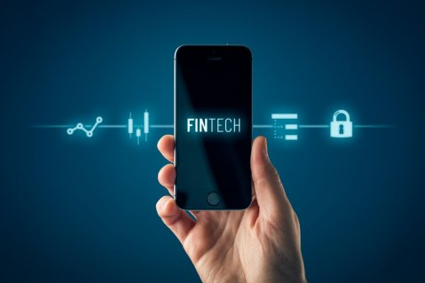 How Fintech Innovation Transforms the Banking Sector