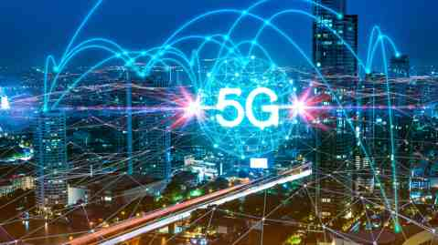 New 5G Edge Applications in Media and Entertainment